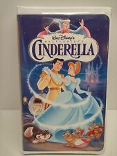 Walt Disney's Cinderella - Masterpiece Collection Clam Shell (VHS, 1995)