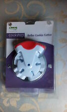 ROLLER COOKIE CUTTER. MAKES SMALL COOKIES (SANTA ETC). GREAT FOR CHILDREN. NEW