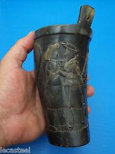 objet paysan - gobelet en corne sculpté -  présent d'amour - art populaire