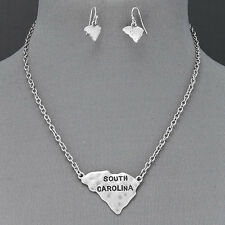 Silver Chain State Of South Carolina Hammered Pendant Necklace With Earrings