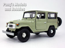 Toyota FJ40 Land Cruiser 1/24 Scale Diecast Metal Car Model - BEIGE