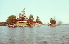 ZAVIKON ISLAND, DIVIDING LINE BETWEEN U.S. & CANADA, THOUSAND ISLANDS, NY