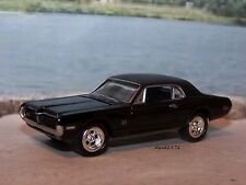 1968 68 MERCURY COUGAR XR-7 6.5 LITRE COLLECTIBLE MODEL - 1/64 SCALE DIORAMA