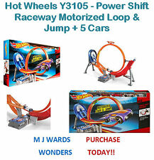 Hot Wheels Y3105 - Power Shift Raceway Motorized Loop & Jump + 5 Cars
