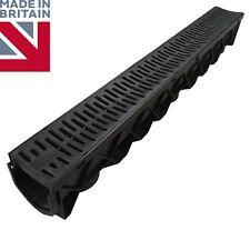 Drenaje de canal de drenaje plástico PVC de canal de agua de lluvia Driveway Moda Rejilla 1m
