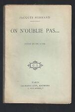 On n'oublie pas de Jacques Normand pièce théâtre chemise illustrée Louis MORIN