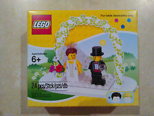 NEW LEGO Minifigure Wedding Set 85334 Bride And Groom Table Decor Cake Topper