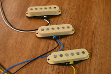 GUITAR PICKUPS ALNICO 2 MAGNETS SET OF 3 CREAM/AGED WHITE FOR STRATOCASTER