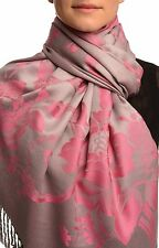 Large Cerise Pink Roses On Light Grey Pashmina With Tassels (SF002652)