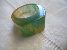 RETRO VINTAGE MODERNIST GREEN RESIN MOD ATOMIC RING SIZE 7  1/2 or P