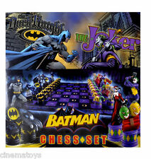 The Batman Chess Set DC Comics Dark Knight VS Joker Chessboard NOBLE COLLECTION