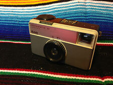 retro vintage Kodak Instamatic 32 - 126 Cartridge Film Camera - Lomo Lomography