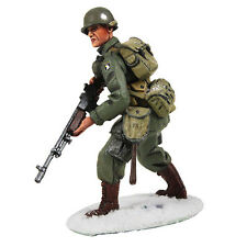 BRITAINS SOLDIERS 25043 - U.S. 101st Airborne Infantry in M-43 Jacket Advancing
