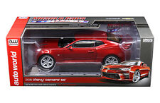 AUTO WORLD 1:18 MUSCLE CARS USA 2016 CHEVROLET CAMARO SS DIECAST CAR AW230