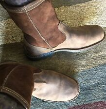 Ugg boots Men's size 11 Med Brown With Dark Brown Authentic Sheepskin Lining