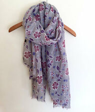 PRETTY LADIES GREY PINK PURPLE  FLORAL LEAF PRINT FEATHERED EDGED SCARF WRAP