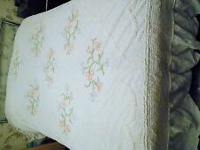 VINTAGE COTTON CANDLEWICK WHITE BEDSPREAD BOXED PINK FLOWERS PATTERN DOUBLE BED