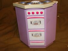 Doll House kitchen stove oven cooking center