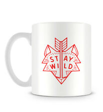 Stay Wild Fox Head With Arrow Design in Hipster Red Mug