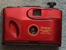 CAMERA DELUXE 35mm COMPACT CAMERA FOCUS FREE MADE IN CHINA