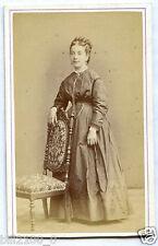 photo CDV . Fragney à Besancon . jeune fille  .  bourgeoisie. noblesse