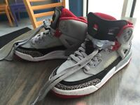 NIKE AIR JORDAN SPIZIKE BG GS SZ 6.5 Y WOLF GREY GYM RED BLACK 317321 013 Shoes