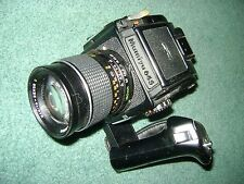 MAMIYA M645  1000S CAMERA WITH SEKOR MAMIYA  C  LENS 150MM   VERY NICE