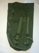 US Army Duffle Bag Back Pack Green Canvas Nylon
