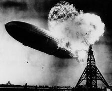"Zeppelin LZ 129 Hindenburg catching fire on May 6, 1937 8""x 10"" Photo 27"