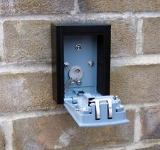 4 cifre Outdoor ad alta sicurezza Wall Mounted CHIAVE SAFE BOX CODICE Secure Lock Storage