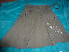 M AND  S LADIES KHAKI GREEN CARGO TYPE SKIRT EMBROIDERED PATTTERN SIZE 8