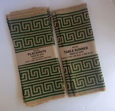NWT Set of 6 (label is wrong) Jute Placemats & 1 Table Runner Green Design