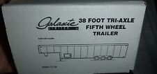 GALAXIE TRAILER 1/24 1/25 38 FOOT TRI-AXLE GOOSENECK MODEL CAR MOUNTAIN KIT