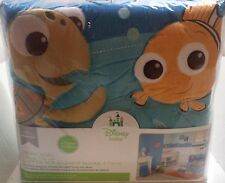 Disney Baby - Finding Nemo 4 Piece Crib Set Nemo & Squirt Pattern On The Fitte