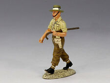 EA036 Marching Indian Army Officer RETIRED by King & Country