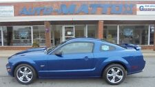 Ford : Mustang GT Deluxe