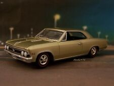66 1966 CHEVY CHEVELLE SS 396 COLLECTIBLE DIECAST MODEL 1/64 SCALE DIORAMA