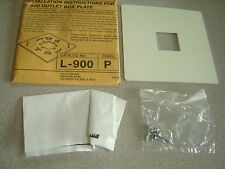 Halo Track Lighting L900P Power-Trac Outlet Box Plate White with screws