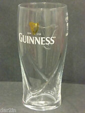 NEW GUINNESS HARP IRISH STOUT BEER PUB BAR COLLECTORS PINT DRINKS EMBOSSED GLASS