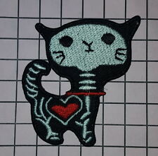 #850 skeleton cat Heart Pet  Patch Embroidered Iron Sew On Shirt