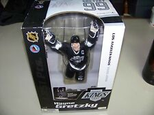"WAYNE GRETZKY Los Angeles Kings '04 McFARLANE's NHL LEGENDS (Series 1)12"" Figure"