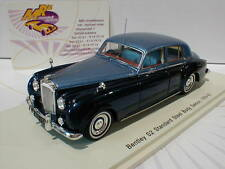 "Spark S3813 # Bentley Continental S2 Standard Saloon 1959-62 in "" blau "" 1:43"
