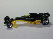 1/64 Scale Hot Wheels Black Yellow Greased Lightning Buzzbomb 2000