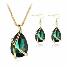 CRYSTAL pretty gold plated necklace and earring set in emerald green   18 inch