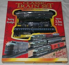 Classic Toy Train Set, battery operated, light up head light & 3.5m track TY308