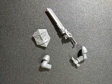 Warhammer 40k Space Marines Assault Marine Eviscerator w/ Shield Bits