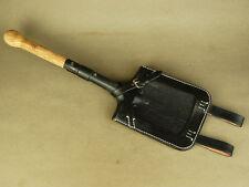 A set of Replica WW2 German Spade/shovel & cover(1)