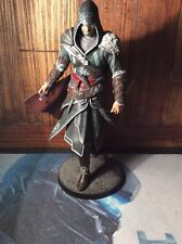 Assassins creed revelations ezio figure figurine statue carton