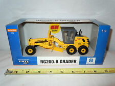 New Holland RG200.B Road Grader  By Ertl   1/50th Scale