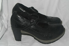 Dr. Martens Orla pumps wing tip longwing brogue black women US 10 UK 8 EU 42